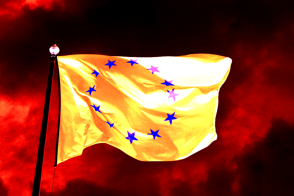 EU flag inverted by MPD01605